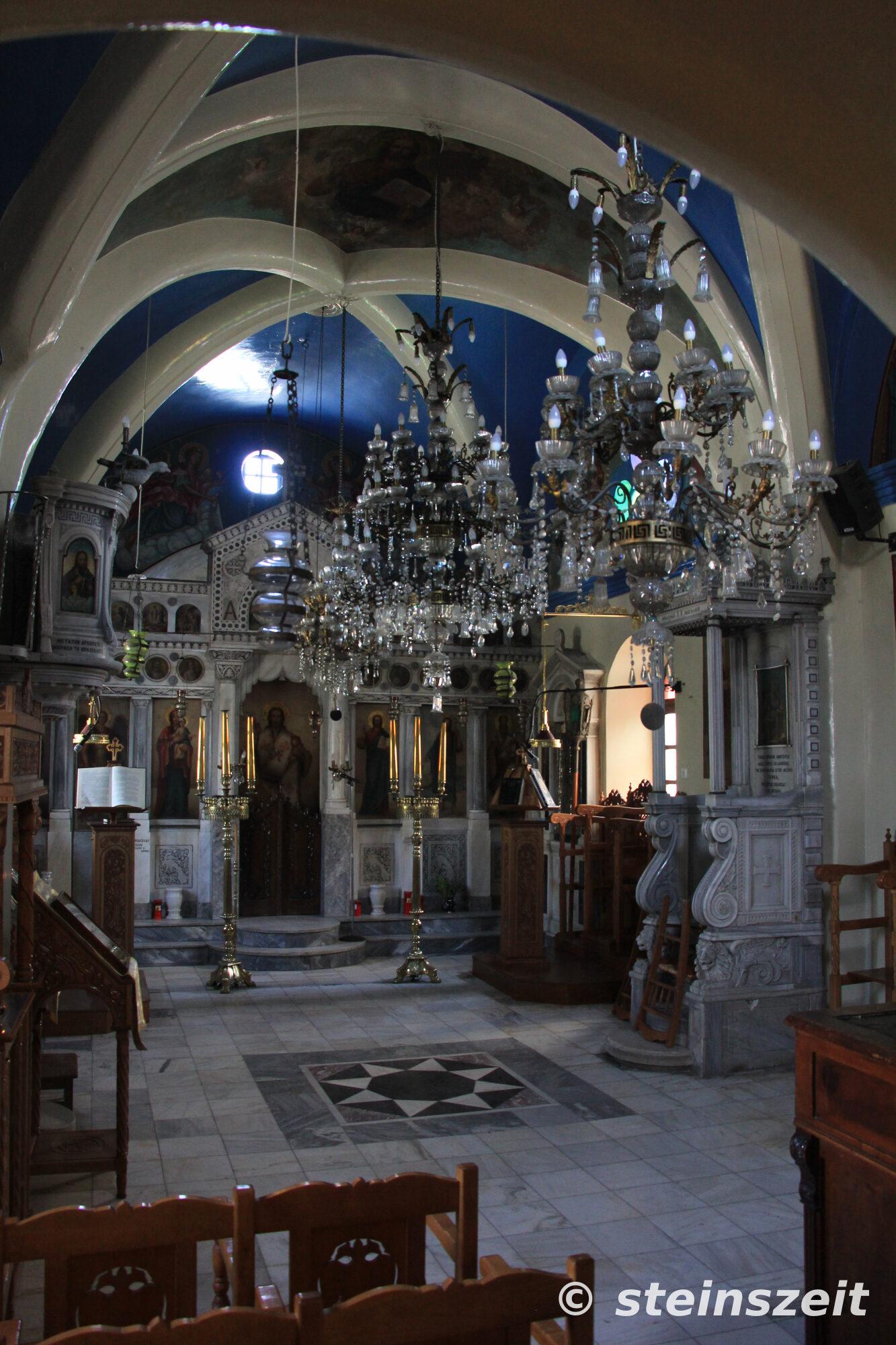 Im Inneren der Dorfkirche